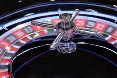 Het elektronische casino het spinnen close-up van het roulettewiel Royalty-vrije Stock Afbeelding