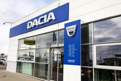 Het embleem van het Daciabedrijf bij de het handel drijvenbouw Royalty-vrije Stock Fotografie