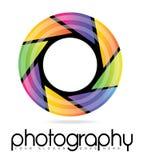 Het Embleem van de de Fotografieopening van de cameralens Stock Foto