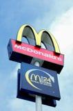 Het embleem van McDonald Stock Foto's