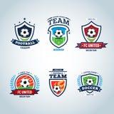 Het embleem van het voetbal Het embleem van de voetbal De reeks kammen van de voetbalvoetbal en het embleemmalplaatje verzinnebee Stock Afbeelding