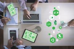 Het energieverbruik van Team Business, zure de energie van duurzaamheidselementen stock foto