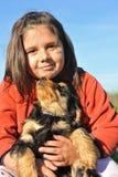 Het Engelse cocker en kind van het puppy royalty-vrije stock afbeelding