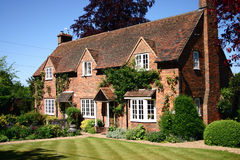 Het Engelse Plattelandshuisje van het Land royalty-vrije stock foto