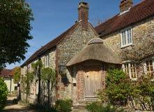 Het Engelse steen ommuurde plattelandshuisje van het Land stock fotografie