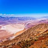 Het epische die landschap van de doodsvallei van Dantes-Mening wordt geschoten Stock Foto's