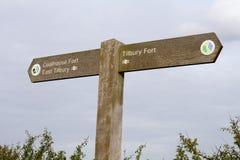 Het estuarium het UK van riviertheems - voorzie van wegwijzers stock fotografie