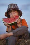 Het eten van sappige watermeloen Stock Foto