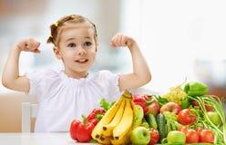 Het eten van vers fruit Royalty-vrije Stock Foto's