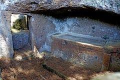 Het Etruscan-necropool van Cerveteri, Binnenlands van het graf Royalty-vrije Stock Foto's