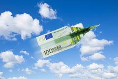 Het euro document vliegtuig beweegt zich omhoog Royalty-vrije Stock Fotografie