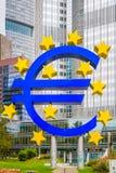 Het Euro Symbool van Frankfurt Duitsland Stock Fotografie