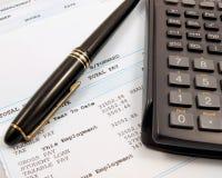 Het in evenwicht brengen van de financiën stock fotografie