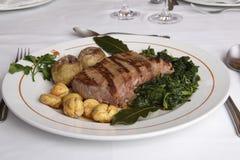 Het everzwijnlendestuk barbequed Stock Foto's