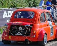 Het extreme stemmen van Fiat 500 in het ras van Scala Piccada Stock Afbeeldingen