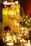 Het feestelijke de lijst van de Kerstmispartij plaatsen stock fotografie