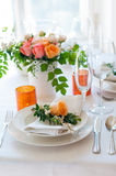 Het feestelijke lijst plaatsen Royalty-vrije Stock Afbeeldingen