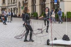 Het festival van het straattheater in Krakau Stock Afbeeldingen