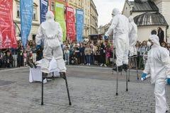 Het festival van het straattheater in Krakau Stock Afbeelding