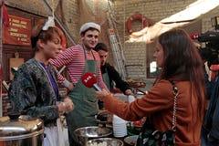 Het Festival van het straatvoedsel in Kiev, de Oekraïne Stock Afbeelding