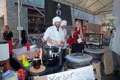 Het Festival van het straatvoedsel in Kiev, de Oekraïne Stock Foto