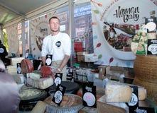 Het Festival van het straatvoedsel in Kyiv, de Oekraïne Royalty-vrije Stock Foto's