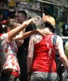Het Festival van het Water van Thailand - Natte Toeristen. Stock Afbeeldingen