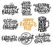 Het festival van het Oktoberfestbier het van letters voorzien kalligrafie vector illustratie