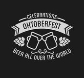 Het festival van het Oktoberfestbier het van letters voorzien retro typografische ontwerp van de typografieviering stock illustratie