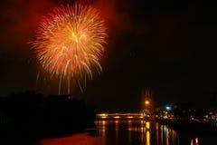 Het Festival van vuurwerkloykrathong Stock Fotografie