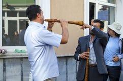 Het Festival Zurna van de Hidrellezlente het is begeleide bastrommel Royalty-vrije Stock Foto's