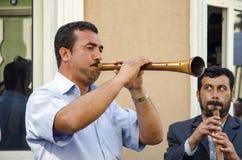 Het Festival Zurna van de Hidrellezlente het is begeleide bastrommel Stock Fotografie