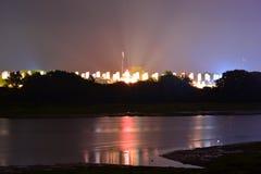 Het Festivalvlaggen van het Eiland Wight bij Nacht Stock Afbeeldingen