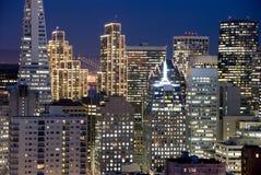 Het Financiële District van San Francisco bij nacht Stock Foto's