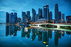 Het financiële district van Singapore bij de zonsondergang Royalty-vrije Stock Fotografie