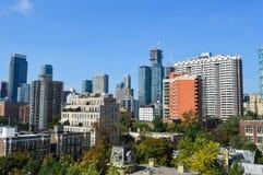 Het flatgebouw met koopflatsgebouwen van Toronto Stock Fotografie