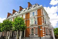Het Flatgebouw van de luxe In Londen Royalty-vrije Stock Foto