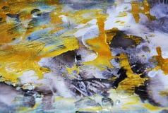 Het fonkelende donkerblauwe goud vertroebelde waterverf vage wasachtige gouden vlekken kleurrijke tinten, slagen van borstel, bac Stock Foto's
