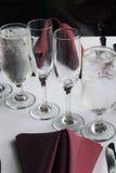 Het formele Glas Plaatsen Stock Foto