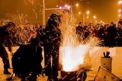 Het fornuis brandt helder Stock Foto