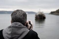 Het fotograferen van de mens Royalty-vrije Stock Afbeelding