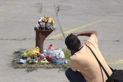 Het fotograferen van stedelijk afval Stock Afbeeldingen