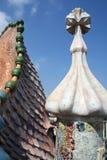 Het fragment van het de vormdak van de draak van Casa Batllo door Antoni Gaudi. Royalty-vrije Stock Foto