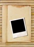 Het frame van de foto met boek Stock Foto's