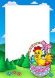 Het frame van Pasen met mand en kip Stock Afbeelding