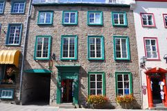 Het Franse Huis van de Stijl in de Oude Stad van Quebec Royalty-vrije Stock Foto's