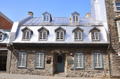 Het Franse Huis van de Stijl in de Oude Stad van Quebec Stock Fotografie