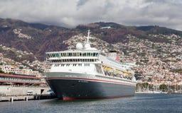 Het Fred Olsen-cruiseschip, Balmoral Royalty-vrije Stock Afbeeldingen