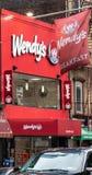Het front van het Wendysrestaurant royalty-vrije stock fotografie