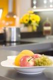 Het fruit kichen binnen Stock Afbeeldingen